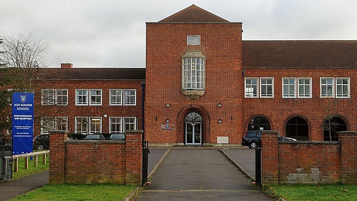 Ash Manor Sports Centre