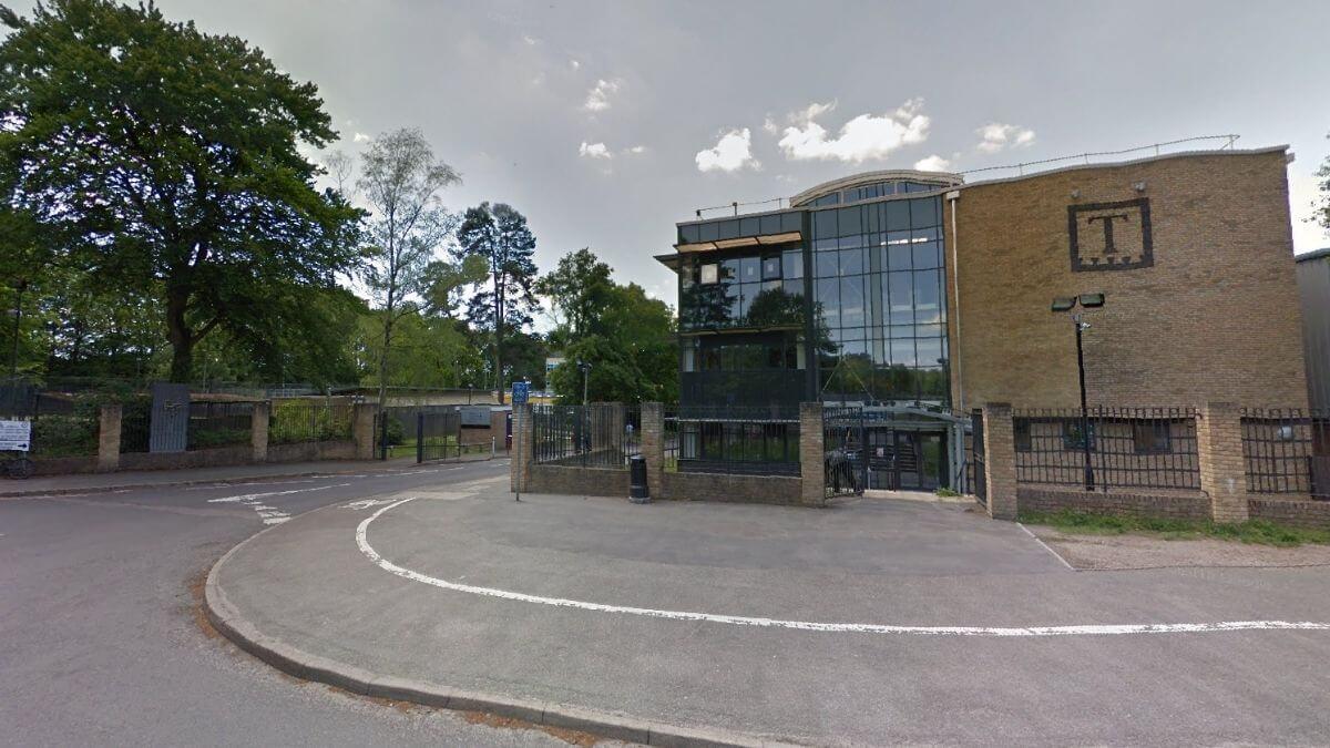 Tomlinscote School